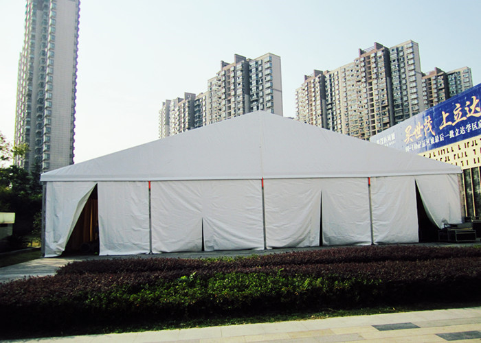 600 Sitting Capacity Enclosed Large Canopy Tent For Outdoor Celebrations
